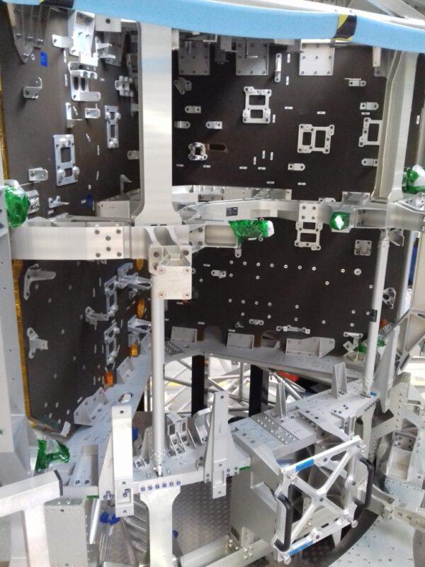 Kostra servisního modulu pro misi Artemis III je zatím v Turíně.