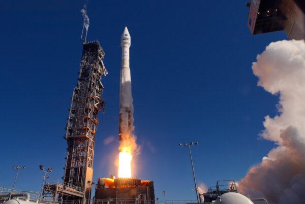 11. února 2013 vynesla raketa Atlas V z Vandenbergovy základny družici Landsat 8. Start Landsatu 9 bude mít stejné podmínky.