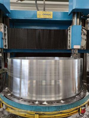 Výroba primární struktury modulu HALO v Thales Alenia Space Italia