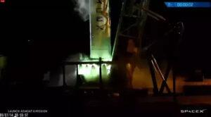 Směs TEA-TEB (trietylaluminium-trietylboran) je původcem zeleného záblesku při startu motorů Merlin.