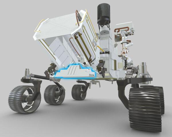 Anténa přístroje RIMFAX se nachází v zadní části vozítka pod radioizotopovým zdrojem elektrické energie. Na tomhle obrázku je anténa vyznačena světle modrou barvou.