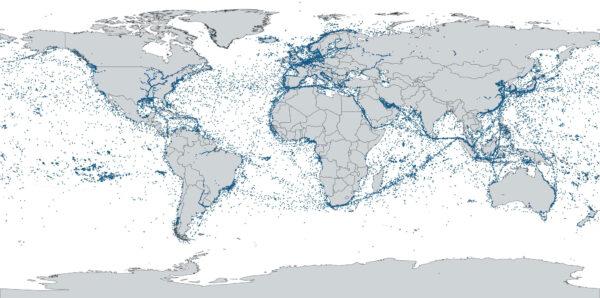 Mapa lodního provozu, který z 57 000 přijatých zpráv vytvořila evropská družice ESAIL během prvního dne provozu.