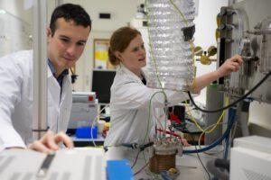 Přístroj, který byl určen na těžbu kovů druhotně uvolňuje kyslík. Cenná schopnost pro kosmické aplikace.