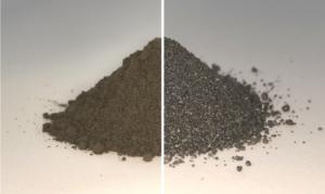 Vlevo je uměle vytvořená napodobenina měsíčního regolitu. Vpravo výsledek po zpracování