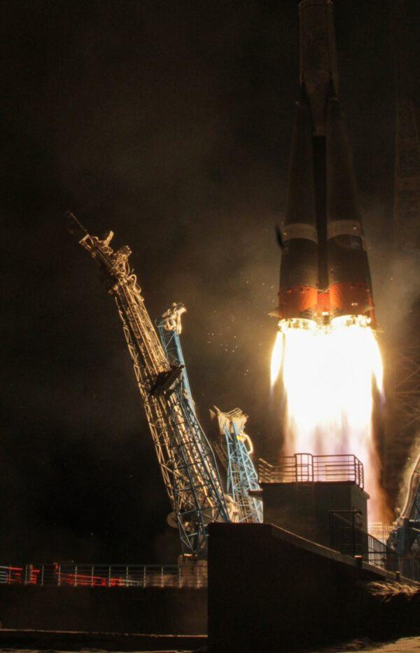 Start rakety Sojuz-2.1b