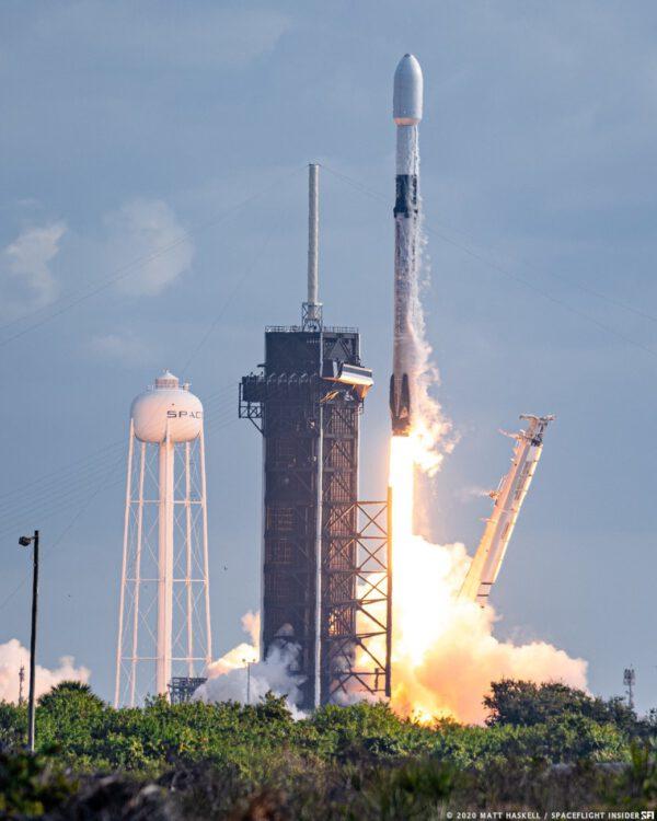 Start rakety Falcon 9 na misi NROL-108