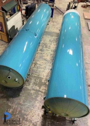 Části centrálního stupně rakety Delta II určené k vystavení.