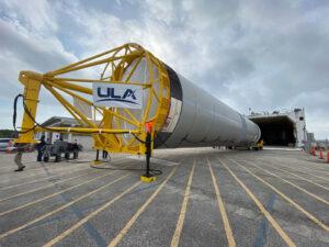 Převoz prvního exempláře centrálního stupně rakety Vulcan.