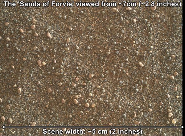 Curiosity, sol 2989, velký detail duny v Sands of Forvie, zdroj: NASA/JPL-Caltech/MSSS, www.unmannedspaceflight.com