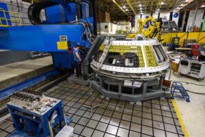 Výroba Orionu pro misi Artemis 3, leden 2021