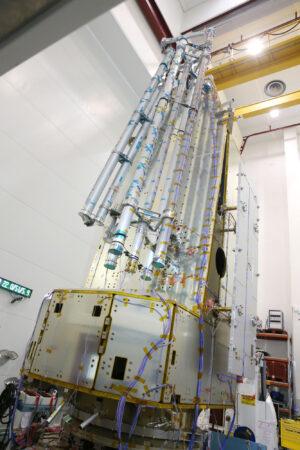 Testy struktury družice Biomass.