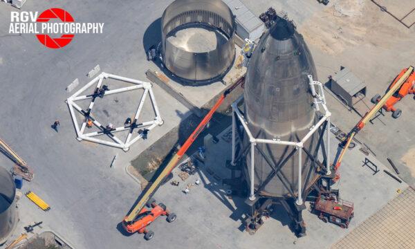 Konstrukce kolem neurčené špičky Starship