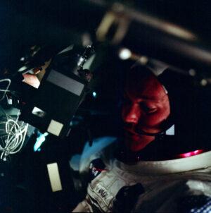MIke během mise Apolla 11