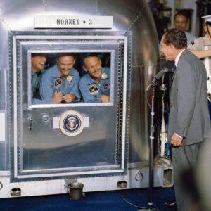 Nixon s astronauty Apolla 11