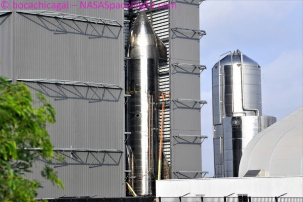 Starship SN-16 je již dokončená a čeká na transport do startovní oblasti