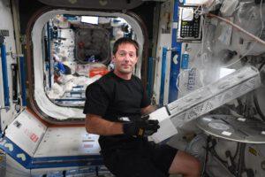 mrazák MELFI na ISS a Thomas Pesquet