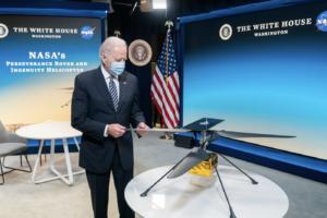 Jaké jsou náznaky administrativy nového prezidenta USA Joea Bidena ohledně NASA a kosmického průzkumu?