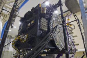Družice Galileo po termálně-vakuové zkoušce.