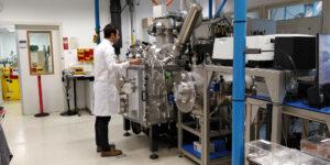 Laboratoř ESA pro materiály a elektronické součástky.