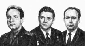 Posádka Sojuzu-11 (zleva) Dobrovolskij, Volkov, Pacajev