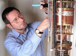 Douglas Osheroff v laboratoři