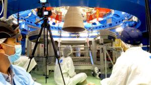 Test naklánění hlavního motoru AJ10-190 evropského servisního modulu ESM FM-2, červen 2021