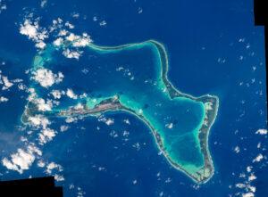 Britský atol Diego Garcia v Indickém oceánu. Foto: ESA/NASA/T.Pesquet/W.Harold