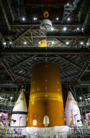 Raketa SLS byla 6.srpna aktivována a došlo k nahrání letového softwaru.