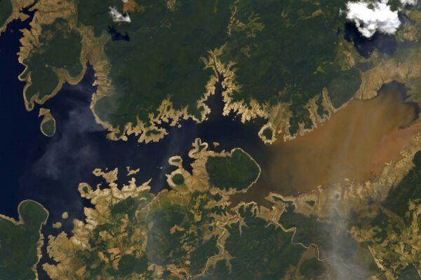 Je radost fotografovat Mexiko z vesmíru se všemi jeho barevnými tvary a kontrasty! Krajina připomínající fraktály (donekonečna se opakující vzory) zde dává snímku nový rozměr. Zdroj: flickr.com