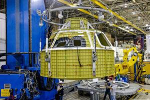 Svařená kabina Orionu pro Artemis 3, srpen 2021