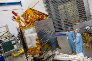 Příprava družic OneWeb