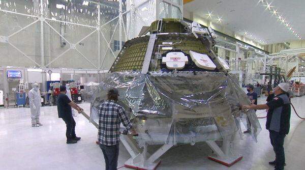 Přesun Orionu do čisté místnosti, 10. června 2020